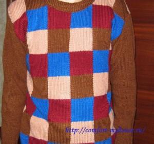 мужской пуловер в клетку