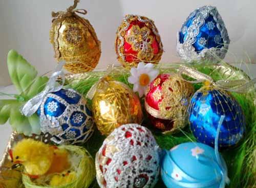 pashal'nyj jajca, obvjazannye krjuchkom