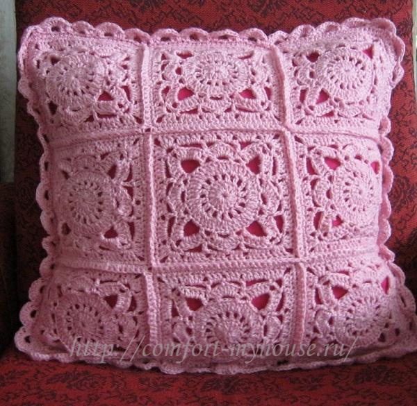Вязание из квадратных мотивов подушка