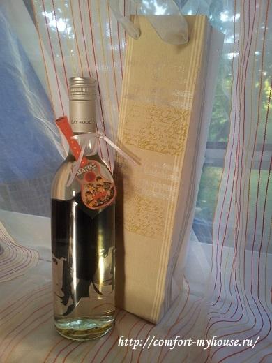 dekupazh butylki vina dlja podarka
