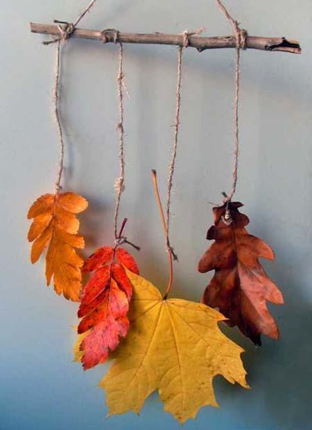 podveska iz listiev klena