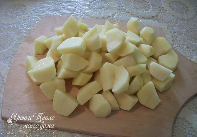 kartofel' kusochkami