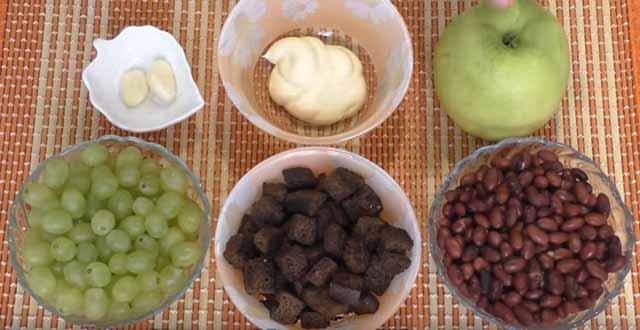 produkty dlya salata s fasol'yu i vinogradom