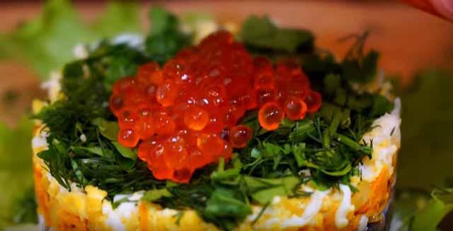 krasnaya ikra na salate