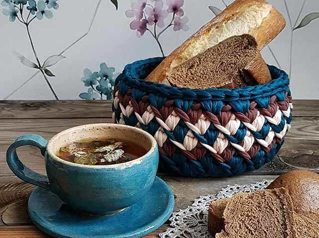 korzinka s hlebom