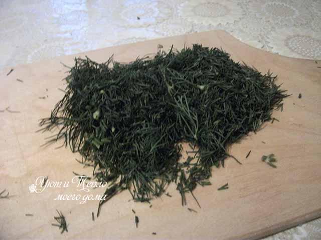 narezannaya zelen' ukropa