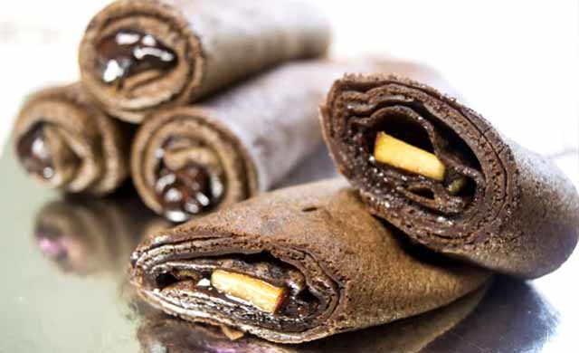 shokoladnye bliny s pastoj