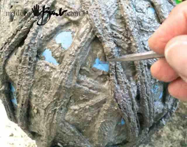 izvlechenie myacha iz cementnogo shara