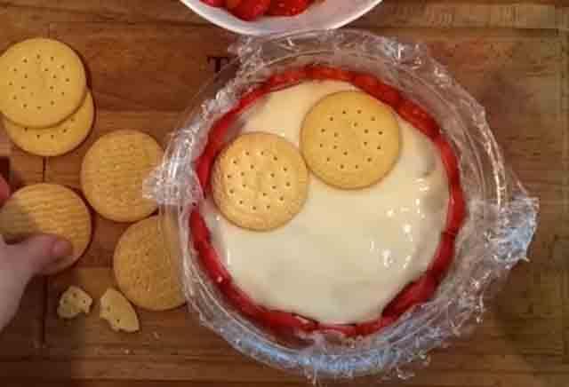 sloj pechen'ya dlya torta