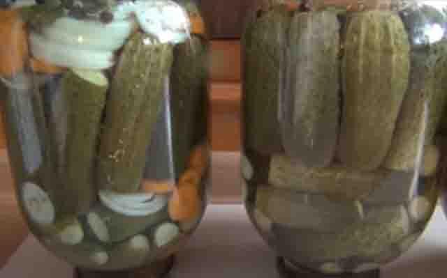 ogurcy marinovannye s lukom i morkov'yu