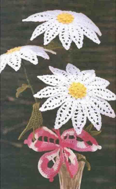 cvetok romashka kryuchkom