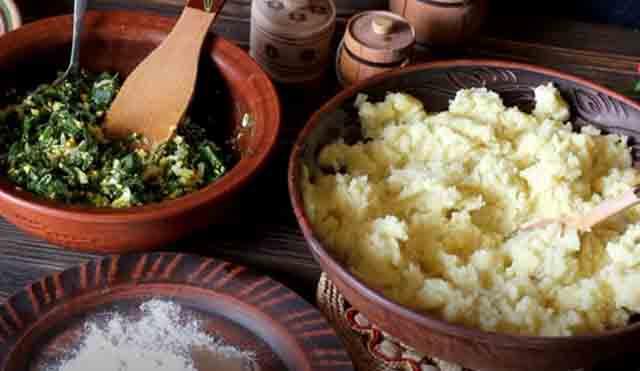 pyure i nachinka iz yaic s lukom